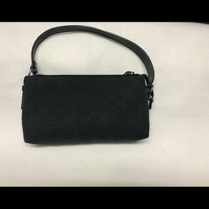 Handbags - Gucci vintage original GG small handbag.
